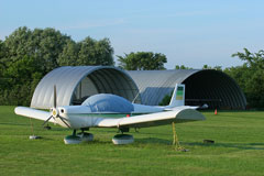 private airport cessna aircraft